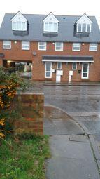 Thumbnail 1 bed maisonette to rent in High Street, Aveley, South Ockendon
