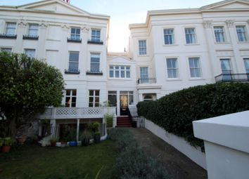 Thumbnail 2 bedroom flat to rent in Montpelier Crescent, Brighton