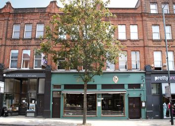 Thumbnail 3 bed flat to rent in Upper Street, Islington