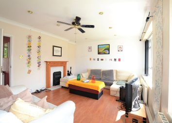 Thumbnail 3 bed flat for sale in Clarence Avenue, Clapham