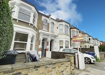 Thumbnail 1 bed flat to rent in Carlyle Road, Ealing