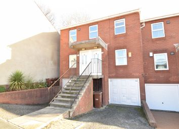 Thumbnail 2 bed flat to rent in Twitch Hill, Horbury