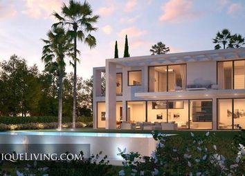 Thumbnail Villa for sale in Marbella, Costa Del Sol, Spain