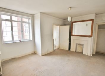 Thumbnail 1 bed flat for sale in Latymer Court, Hammersmith Road, London