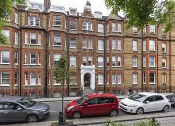 Thumbnail 3 bedroom flat to rent in Luxborough Street, London