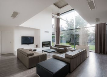 Thumbnail 4 bed property for sale in Neuilly Plaisance, Paris, France