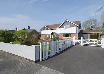 Thumbnail 5 bed detached house for sale in Elmhurst Road, Henwick, Thatcham