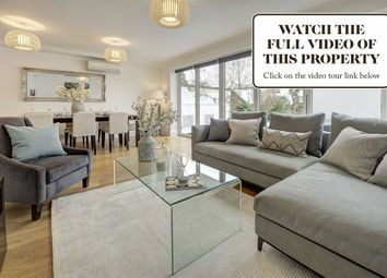 Thumbnail 5 bedroom property for sale in Queensmead, London