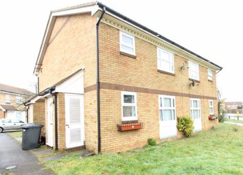 1 bed property to rent in Berrow Close, Luton LU2