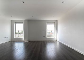 Thumbnail 2 bed flat to rent in Hills Road, Cambridge