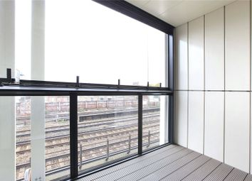 Thumbnail Flat to rent in Battersea Park View, Battersea, London