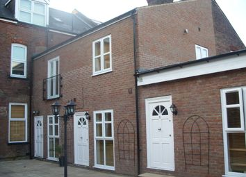 Thumbnail 1 bed flat to rent in Castle Street, Luton