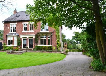 Thumbnail 4 bed property to rent in Adlington Road, Wilmslow