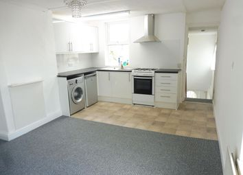 Thumbnail 1 bed flat to rent in Cross Street, Maidstone