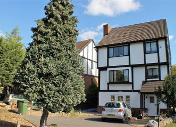 Thumbnail 1 bed flat to rent in Molember Road, East Molesey