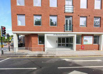 Thumbnail 1 bed flat to rent in Bartlett Street, Croydon