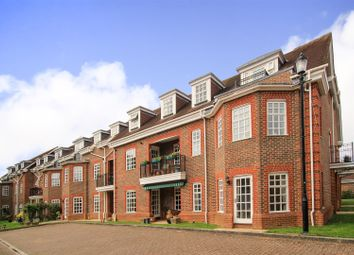 Thumbnail 3 bed property for sale in Benningfield Gardens, Berkhamsted