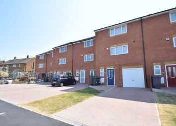 Thumbnail 3 bed town house for sale in Fermor Crescent, Luton