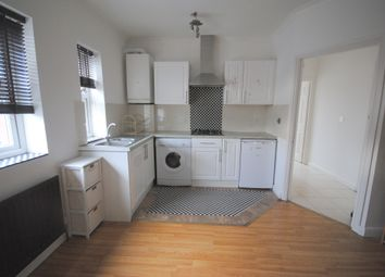 Thumbnail 1 bed flat to rent in High Street, Lingfield