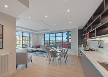 Thumbnail 3 bed flat to rent in Defoe House, London City Island