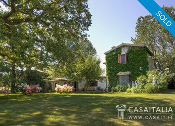 Thumbnail 5 bed villa for sale in Orvieto, Umbria, It