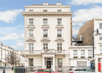 St. Georges Square, London SW1V. 2 bed flat for sale