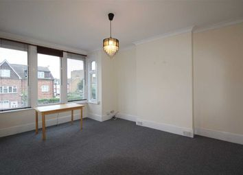 Thumbnail 3 bedroom flat to rent in Valkyrie Road, Westcliff-On-Sea