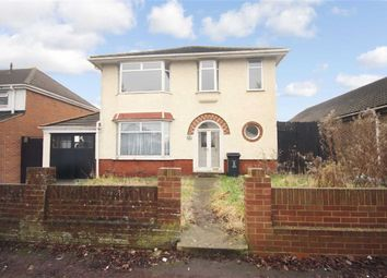 Thumbnail 5 bedroom detached house for sale in Shrivenham Road, Swindon, Wiltshire