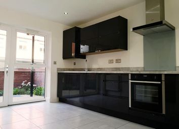 Thumbnail 1 bed end terrace house to rent in Queen Street, Hull