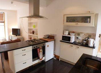 Thumbnail 2 bedroom flat to rent in Mumbles Road, Mumbles