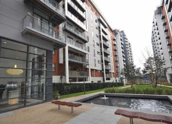 2 bed flat to rent in Hornbeam Way, Manchester M4