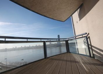 Thumbnail 3 bed flat to rent in 3 Newton Place, Docklands
