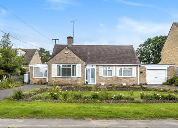3 bed detached bungalow for sale in North Leigh, Witney OX29