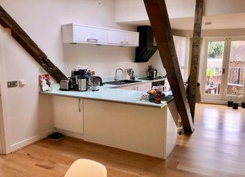 Thumbnail 2 bed flat to rent in Cross Street, Basingstoke