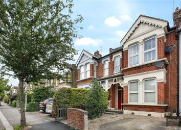 2 bed maisonette for sale in Grove Hill, South Woodford E18