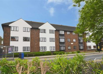 Thumbnail 1 bed flat for sale in Leigh Road, Leigh-On-Sea, Essex