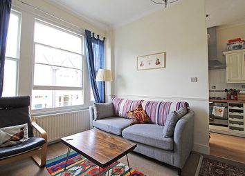 Thumbnail 2 bed flat to rent in Gladsmuir Road, Highgate, London