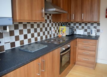 Thumbnail 5 bed flat to rent in Eighth Avenue, Heaton, Newcastle Upon Tyne