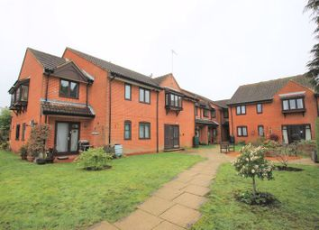 Eastwood Lodge, Eastwood Road, Bramley, Guildford GU5. 1 bed property for sale