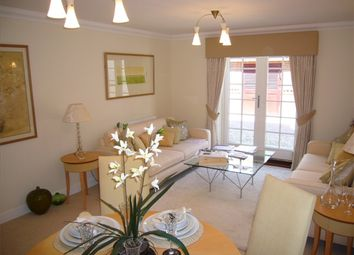 Thumbnail 2 bed flat to rent in Quakers Court, Abingdon