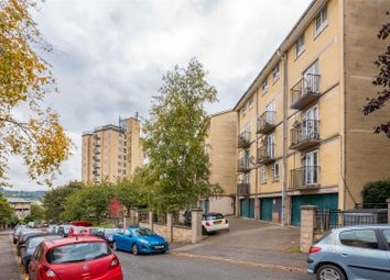 Thumbnail 2 bedroom maisonette for sale in Cathcart House, Bath