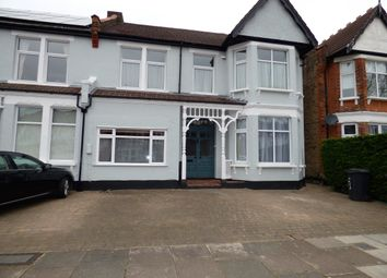 Thumbnail 1 bed flat to rent in Selborne, Southgate