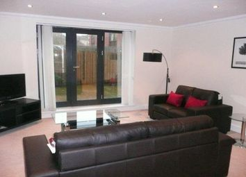 Thumbnail 3 bed flat to rent in Glasgow
