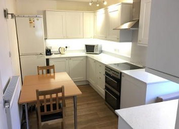 Thumbnail 1 bed flat to rent in Very Near Off Blakesey Avenue Area, Ealing Broadway West Haven Green