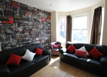 Thumbnail 7 bedroom terraced house to rent in Ebberston Terrace, Hyde Park, Leeds