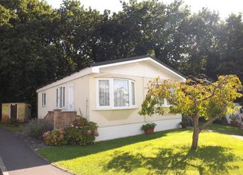 Thumbnail 2 bed mobile/park home for sale in Fleet End Road, Warsash, Hampshire