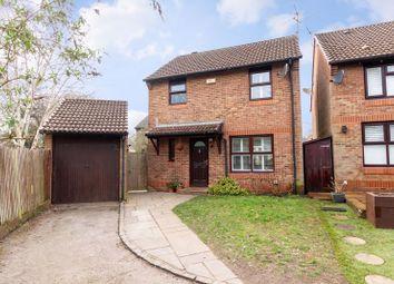 Fisher Close, Hersham, Walton-On-Thames KT12. 3 bed detached house for sale