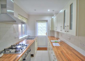 3 bed semi-detached house to rent in Whitehouse Way, London N14