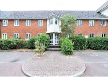 Thumbnail Studio for sale in Walsingham Close, Hatfield