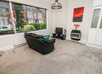 Thumbnail Studio to rent in Forest Drive West, Leytonstone, London